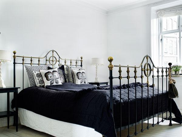 http://www.nordikdeco.com/wp-content/uploads/2012/09/decoration_nordique_sandinave_noir_et_blanc10.jpg